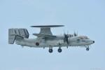 やまちゃんKさんが、那覇空港で撮影した航空自衛隊 E-2C Hawkeyeの航空フォト(写真)