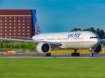 万華鏡AIRLINESさんが、成田国際空港で撮影したユナイテッド航空 777-322/ERの航空フォト(写真)