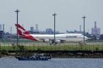 レドームさんが、羽田空港で撮影したカンタス航空 747-438の航空フォト(写真)