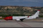 cornicheさんが、マドリード・バラハス国際空港で撮影したノルウェー・エア・インターナショナル 737-8Q8の航空フォト(飛行機 写真・画像)