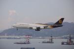 A350XWB-HNDさんが、香港国際空港で撮影したUPS航空 747-8Fの航空フォト(写真)