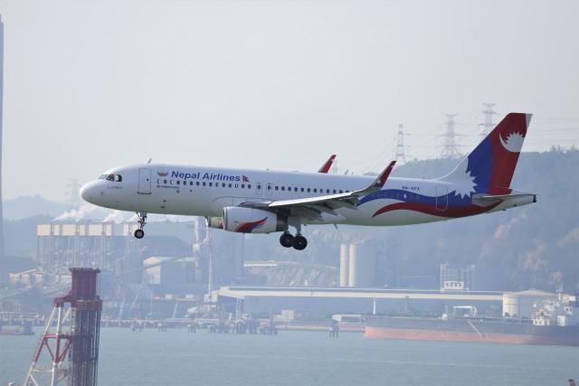 A350XWB-HNDさんが、香港国際空港で撮影したネパール航空 A320-233の航空フォト(飛行機 写真・画像)