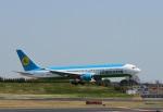garrettさんが、成田国際空港で撮影したウズベキスタン航空 767-33P/ERの航空フォト(写真)