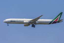 mameshibaさんが、成田国際空港で撮影したアリタリア航空 777-3Q8/ERの航空フォト(写真)