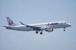 ちゃぽんさんが、羽田空港で撮影したジェイ・エア ERJ-190-100(ERJ-190STD)の航空フォト(写真)