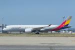 ストロベリーさんが、関西国際空港で撮影したアシアナ航空 A350-941XWBの航空フォト(写真)