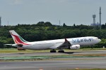 T.Sazenさんが、成田国際空港で撮影したスリランカ航空 A330-343Eの航空フォト(飛行機 写真・画像)