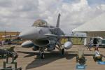 apphgさんが、シンガポール・チャンギ国際空港で撮影したシンガポール空軍 F-16D Fighting Falconの航空フォト(写真)
