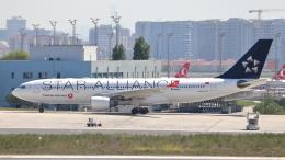 誘喜さんが、アタテュルク国際空港で撮影したターキッシュ・エアラインズ A330-203の航空フォト(飛行機 写真・画像)