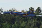 Tomo-Papaさんが、オシアナ海軍航空基地アポロソーセックフィールドで撮影したアメリカ海軍 F/A-18A Hornetの航空フォト(写真)