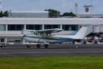 masatakaさんが、鹿児島空港で撮影した新日本航空 172P Skyhawk IIの航空フォト(写真)
