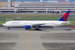 PASSENGERさんが、羽田空港で撮影したデルタ航空 777-232/ERの航空フォト(写真)