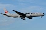 柏の子?さんが、成田国際空港で撮影した日本航空 777-246/ERの航空フォト(写真)