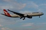 柏の子?さんが、成田国際空港で撮影したカンタス航空 A330-303の航空フォト(写真)