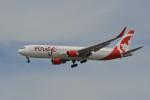 小弦さんが、バンクーバー国際空港で撮影したエア・カナダ・ルージュ 767-333/ERの航空フォト(写真)