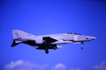 鯉ッチさんが、嘉手納飛行場で撮影したアメリカ海兵隊 RF-4Cの航空フォト(写真)