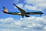 yoshibouさんが、成田国際空港で撮影したベトナム航空 A350-941XWBの航空フォト(写真)