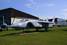 ちゃぽんさんが、モニノ空軍博物館で撮影したロシア海軍 Yak-141の航空フォト(飛行機 写真・画像)