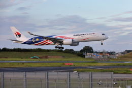 VEZEL 1500Xさんが、成田国際空港で撮影したマレーシア航空 A350-941XWBの航空フォト(写真)