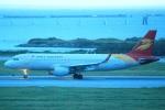 cassiopeiaさんが、那覇空港で撮影した北京首都航空 A320-214の航空フォト(写真)