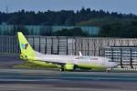 T.Sazenさんが、成田国際空港で撮影したジンエアー 737-8SHの航空フォト(写真)