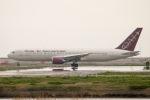 Jyunpei Ohyamaさんが、岩国空港で撮影したオムニエアインターナショナル 767-33A/ERの航空フォト(写真)