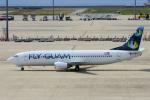 yabyanさんが、中部国際空港で撮影したフライ・グアム 737-4Y0の航空フォト(飛行機 写真・画像)