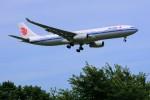 yoshibouさんが、成田国際空港で撮影した中国国際航空 A330-343Xの航空フォト(写真)