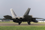 take_2014さんが、横田基地で撮影したアメリカ空軍 F-22A-30-LM Raptorの航空フォト(飛行機 写真・画像)