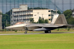new_2106さんが、横田基地で撮影したアメリカ空軍 F-22A-30-LM Raptorの航空フォト(写真)