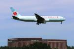 yoshibouさんが、成田国際空港で撮影したエア・カナダ 767-375/ERの航空フォト(写真)