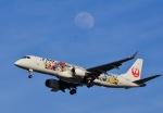 Fly Fly Flyさんが、伊丹空港で撮影したジェイ・エア ERJ-190-100(ERJ-190STD)の航空フォト(写真)