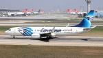 誘喜さんが、アタテュルク国際空港で撮影したエジプト航空 737-866の航空フォト(写真)