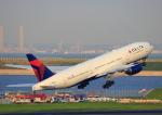 タミーさんが、羽田空港で撮影したデルタ航空 777-232/ERの航空フォト(写真)