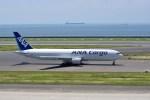 よんすけさんが、中部国際空港で撮影した全日空 767-381Fの航空フォト(写真)