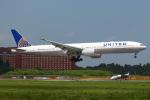 えぬえむさんが、成田国際空港で撮影したユナイテッド航空 777-322/ERの航空フォト(写真)