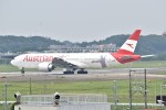 あくせるさんが、成田国際空港で撮影したオーストリア航空 777-2Q8/ERの航空フォト(写真)