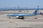 よんすけさんが、中部国際空港で撮影した大韓航空 777-2B5/ERの航空フォト(写真)