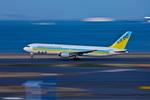 カヤノユウイチさんが、羽田空港で撮影したAIR DO 767-381の航空フォト(写真)
