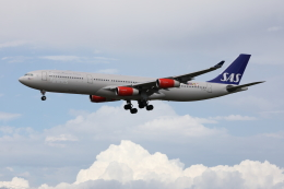VEZEL 1500Xさんが、成田国際空港で撮影したスカンジナビア航空 A340-313Xの航空フォト(写真)