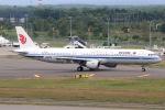 funi9280さんが、新千歳空港で撮影した中国国際航空 A321-213の航空フォト(写真)
