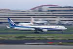 jjieさんが、羽田空港で撮影した全日空 777-381の航空フォト(写真)