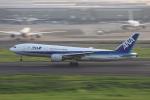 jjieさんが、羽田空港で撮影した全日空 777-281の航空フォト(写真)