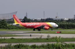 やまさんが、カットビ国際空港で撮影したベトジェットエア A320-214の航空フォト(飛行機 写真・画像)