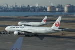garrettさんが、羽田空港で撮影した日本航空 777-346の航空フォト(写真)