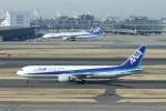 garrettさんが、羽田空港で撮影した全日空 767-381/ERの航空フォト(写真)