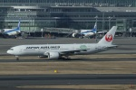 garrettさんが、羽田空港で撮影した日本航空 777-246/ERの航空フォト(写真)
