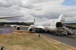 ファインディングさんが、ファンボロー空港で撮影したカタール航空カーゴ 747-8DZFの航空フォト(写真)