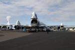ファインディングさんが、ファンボロー空港で撮影したカーゴロジックエア 747-83QFの航空フォト(写真)
