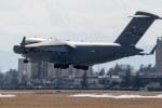ファントム無礼さんが、横田基地で撮影したアメリカ空軍 C-17A Globemaster IIIの航空フォト(写真)